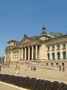Berlin Reichstag via Flickr, by az1172