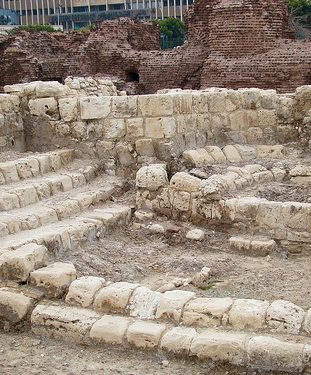 Lecture Halls at Kom el Dikka(XII) via Flickr, by iswanyu