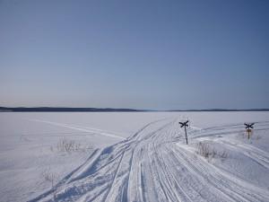 Frozen lake in Lapland via Flickr, by Ezioman