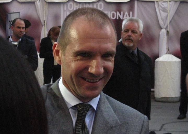 Ralph Fiennes Smiles by Eva B via Flickr.